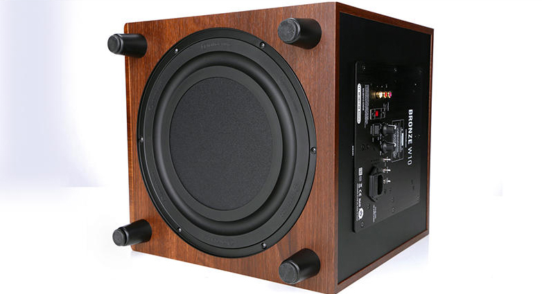 04 Monitor Audio bronze B5 AV sub