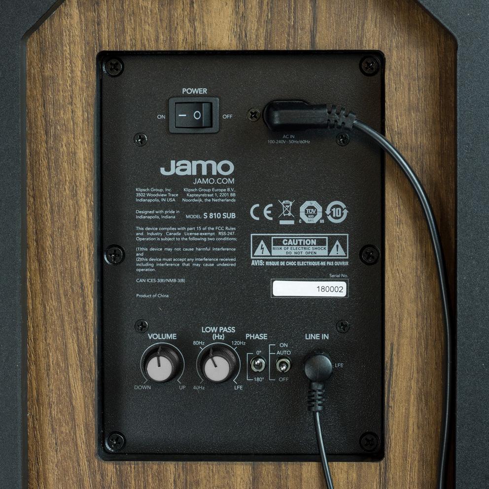 10 Jamo Studio 8 Sub 810 prikljuci