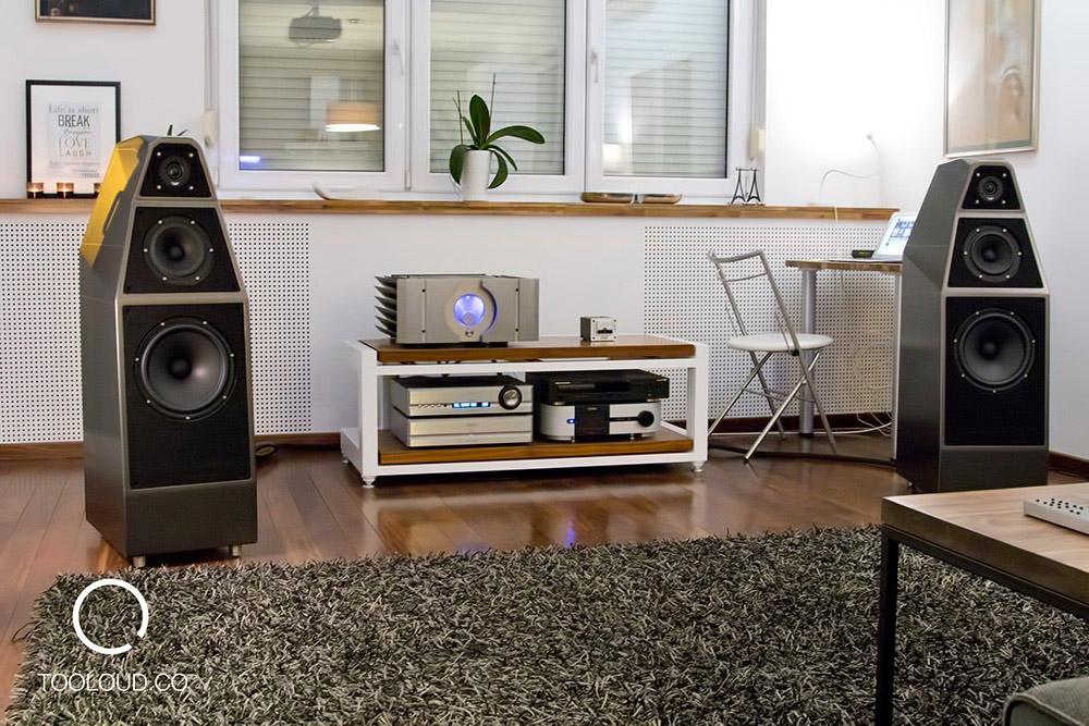 Wilson-Audio-Yvette-03