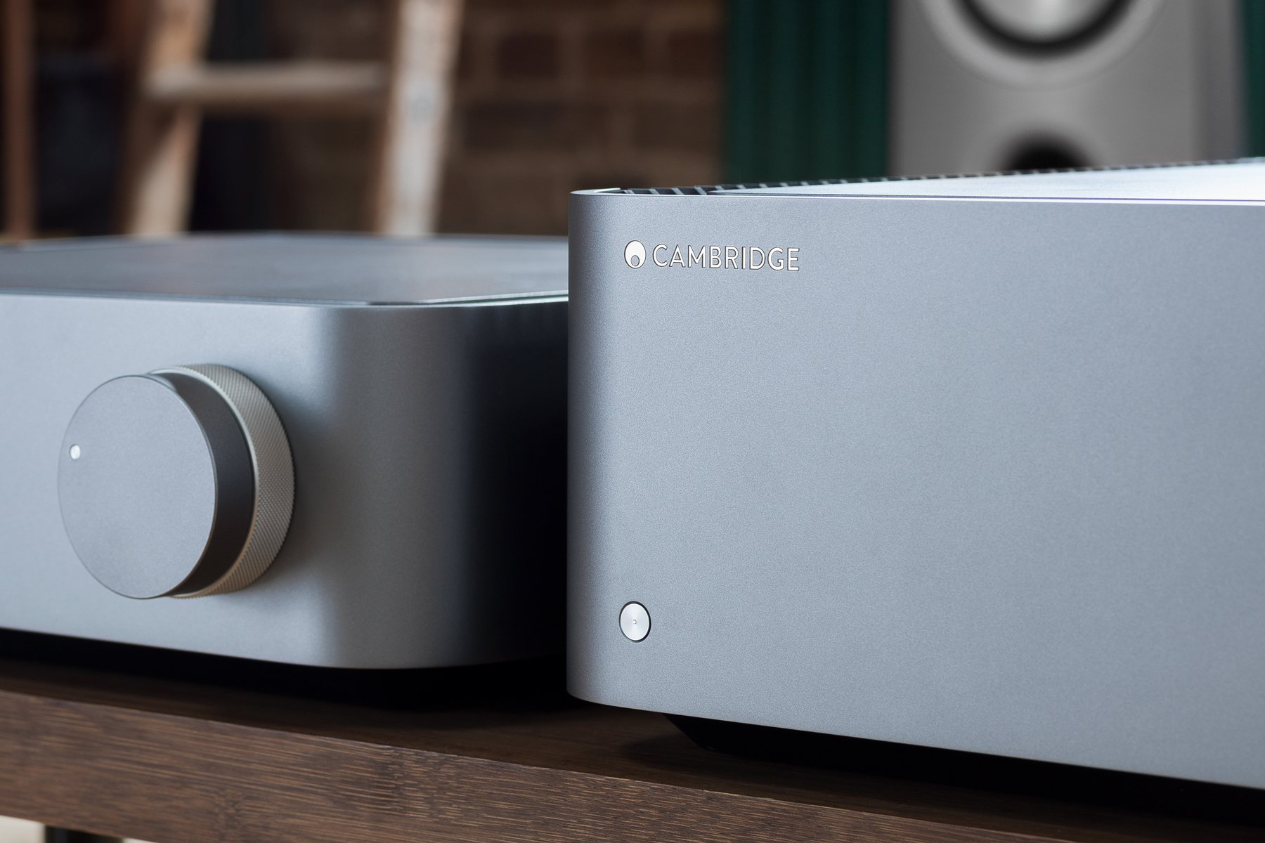 Cambridge Audio Edge NQ W lifestyle detalj