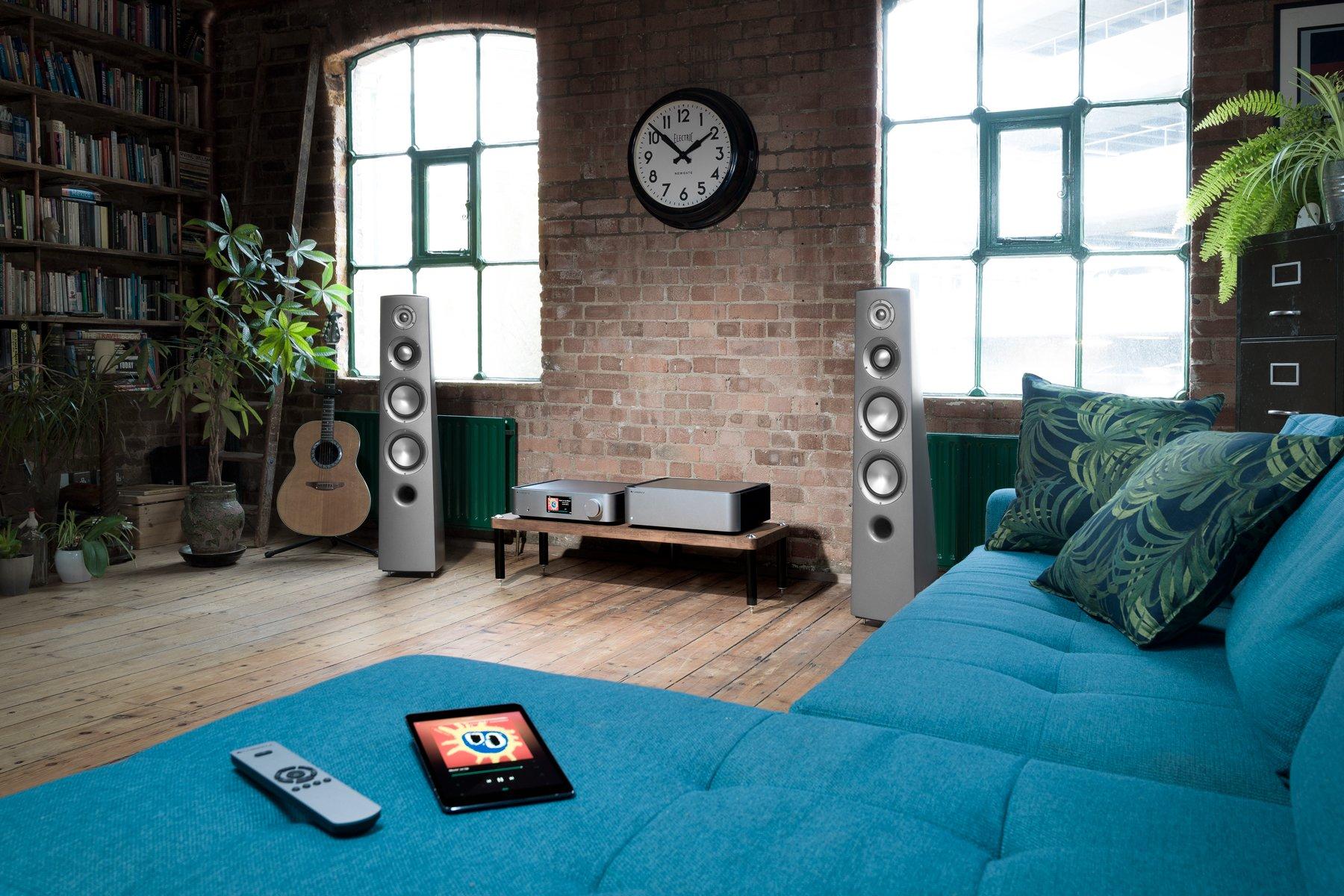 Cambridge Audio Edge NQ W lifestyle