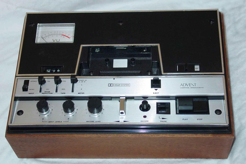 Advent 201 kasetofon