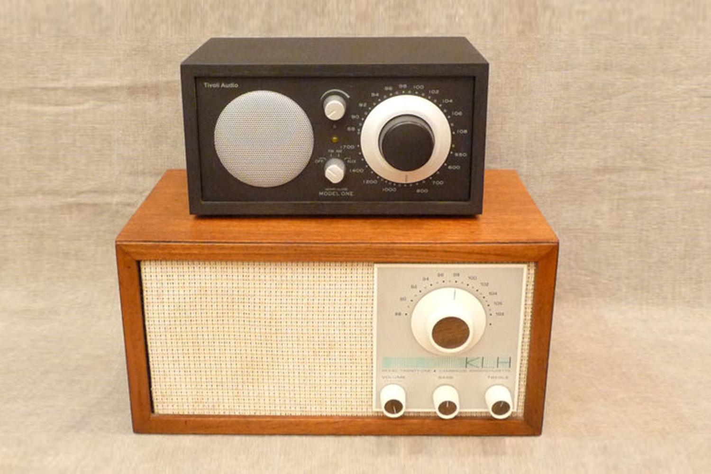 KLH 21 Radio Tivoli Front