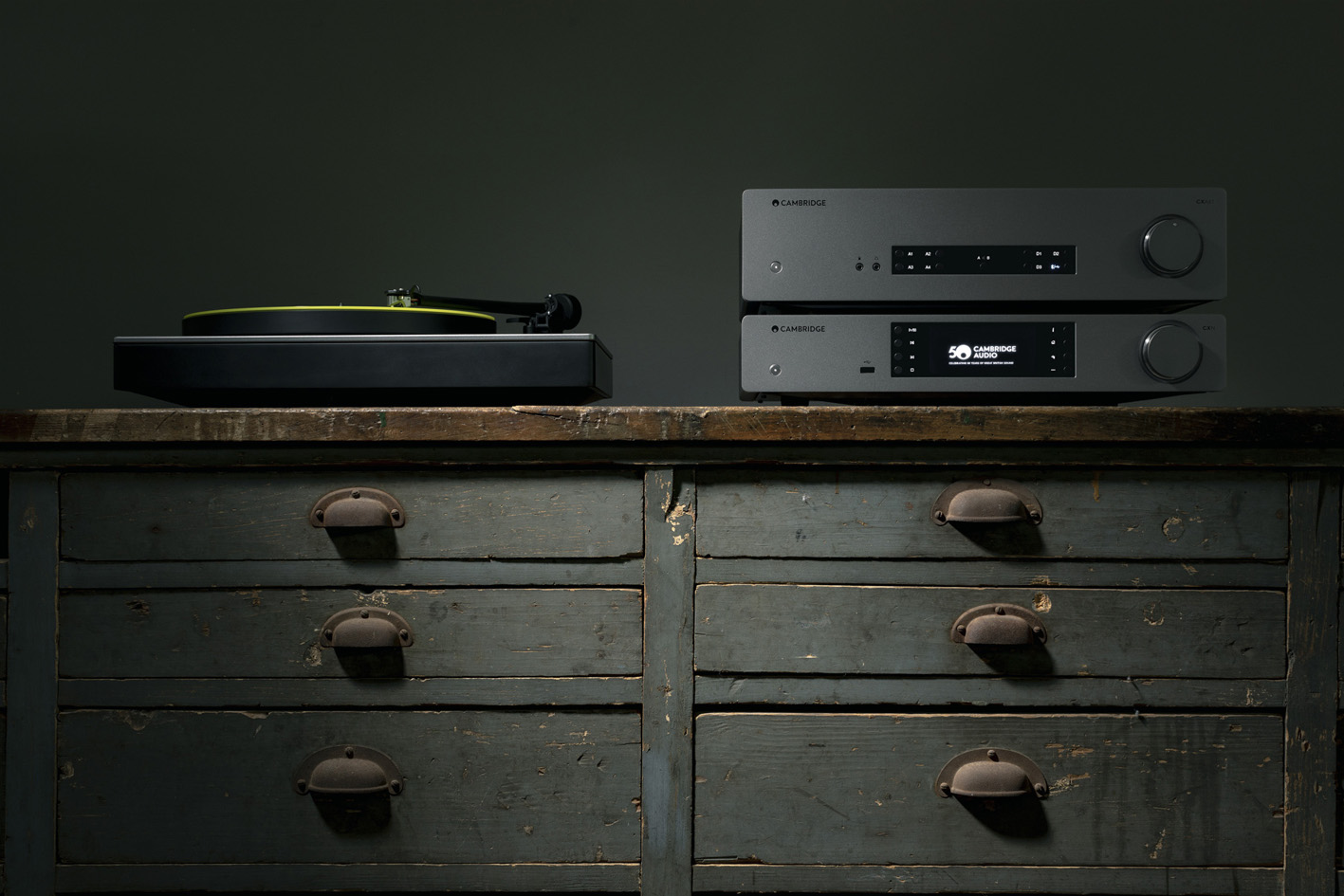 cambridge audio CXN i CXA81 lifestyle3